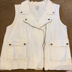 White denim vest double zipper and front pockets